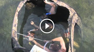 Bow fishermen put a ground blind underwater with INCREDIBLE results