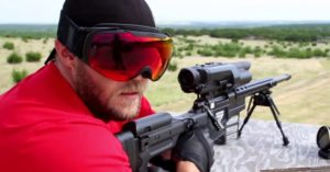 Shooter makes 500-yard shot without looking using a smartphone app