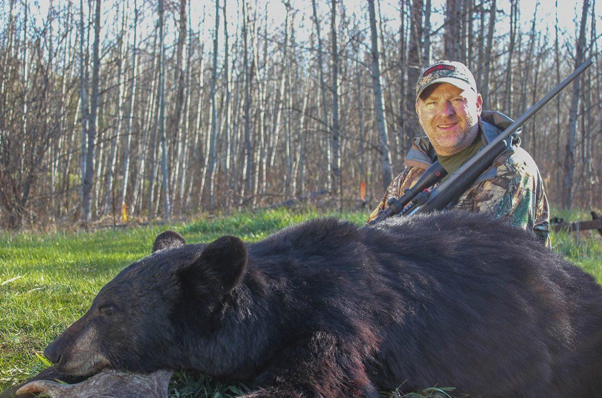 Hunting, getzone hunting, budget hunting, budget friendly hunting, black bear