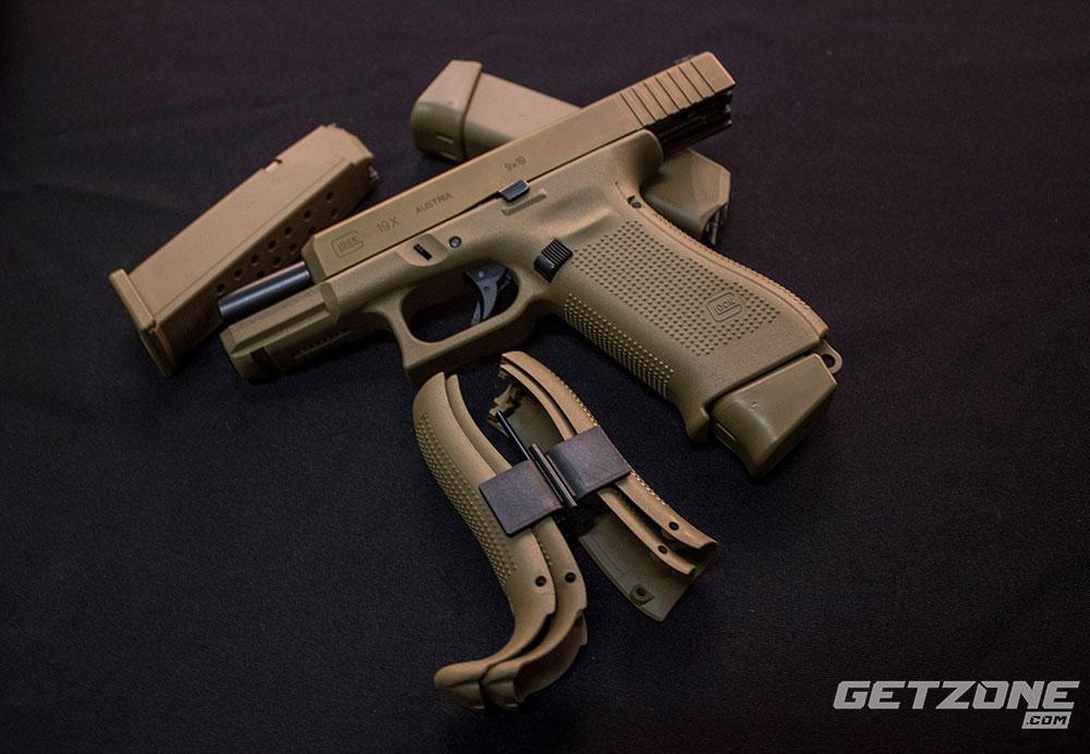 The New GLOCK 19X - A True Crossover Pistol: Gun Review - GetZone