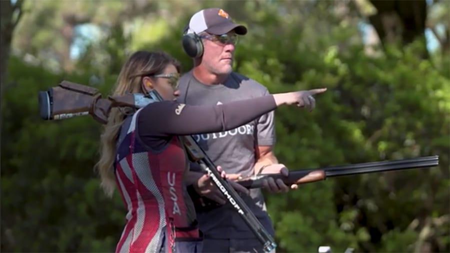 brett_favre_corey_usa_shooting_pointingtheway
