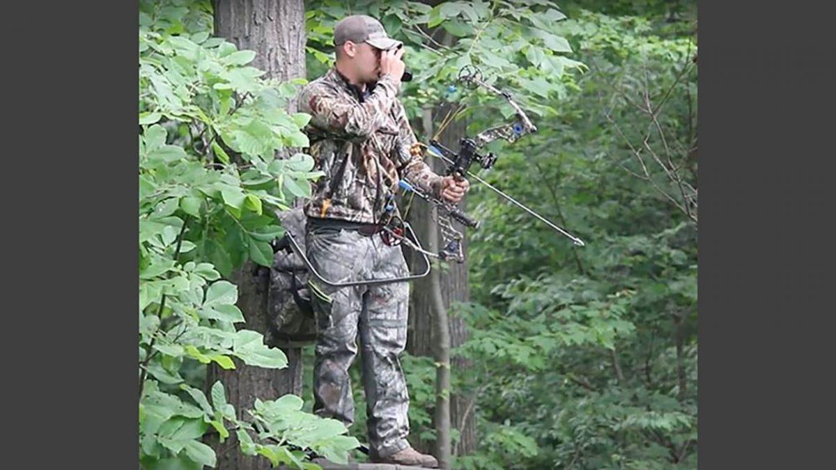 feb618aa5e80d Top 10 Must-Have Gear For Bowhunting Whitetail Deer - GetZone