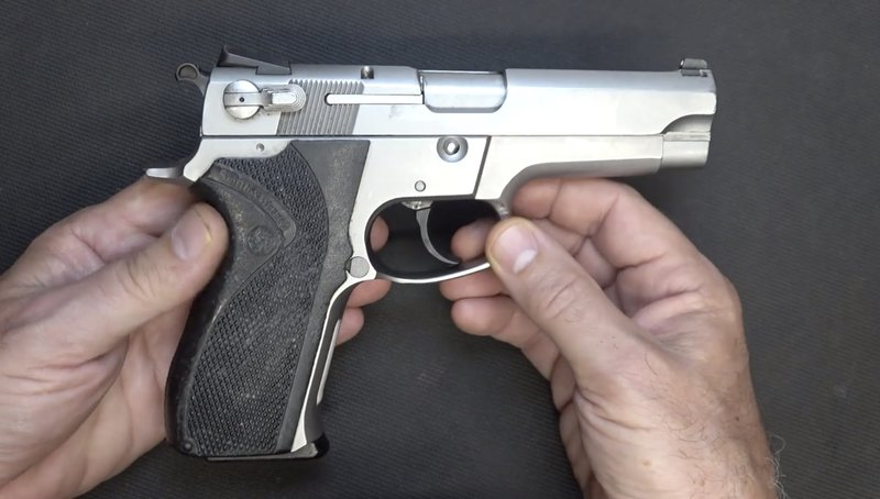 S&W Model 5906 3rd Gen Sootch00 Review - GetZone