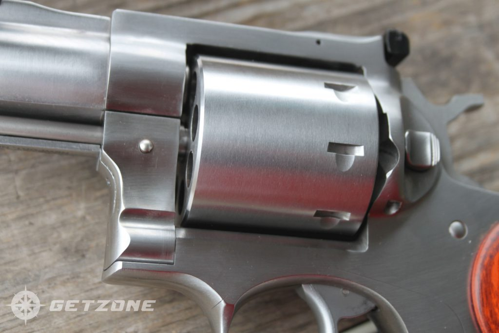 Ruger-Redhawk-357-magnum-revolver-closeup