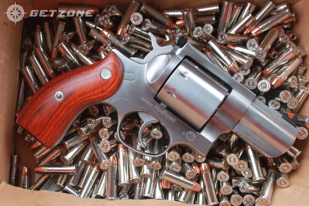 Ruger-Redhawk-357-magnum-revolver-on-ammo-bed